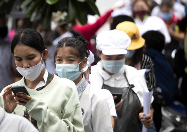 Trên 13,4 triệu người mắc COVID-19 trên toàn cầu, Mỹ cân nhắc hạn chế đi lại tại biên giới - Ảnh 4.