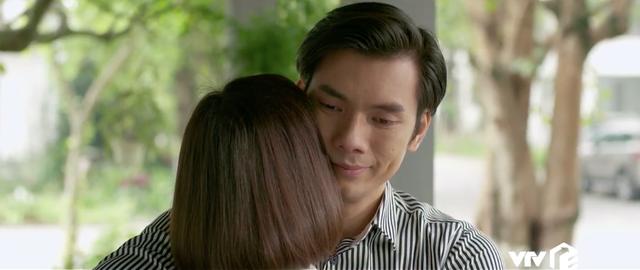 Tình yêu và tham vọng - Tập 34: Sắp cưới Tuệ Lâm nhưng lại được Linh mượn rượu tỏ tình, Minh phải làm sao? - Ảnh 8.