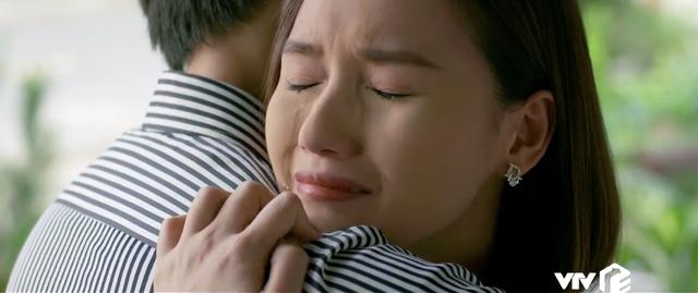 Tình yêu và tham vọng - Tập 34: Sắp cưới Tuệ Lâm nhưng lại được Linh mượn rượu tỏ tình, Minh phải làm sao? - Ảnh 9.