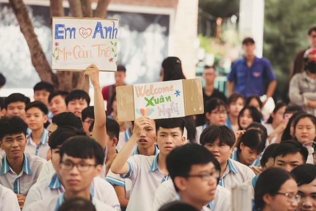 """Cựu """"học sinh cá biệt"""" Xuân Nghị trao 63 suất học bổng tại trường cũ - Ảnh 3."""