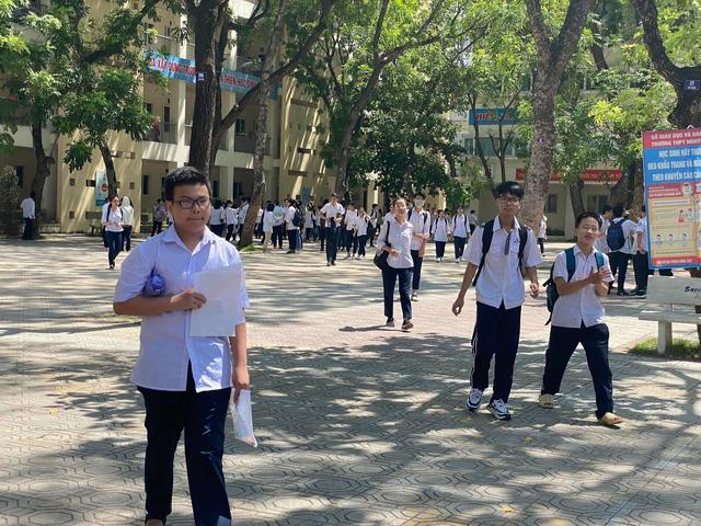 CHÍNH THỨC: Đề thi môn Ngữ văn vào lớp 10 THPT năm học 2020-2021 tại Hà Nội - Ảnh 3.