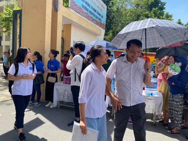 CHÍNH THỨC: Đề thi môn Ngữ văn vào lớp 10 THPT năm học 2020-2021 tại Hà Nội - Ảnh 4.
