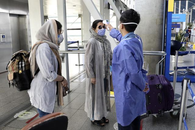 Tổng thống Iran công bố số liệu sốc: Có thể 25 triệu dân nước này đã mắc COVID-19 - Ảnh 1.