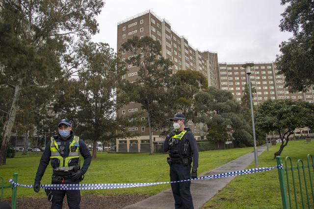 Melbourne - Địa phương đầu tiên ở Australia bắt buộc đeo khẩu trang khi ra khỏi nhà - Ảnh 2.