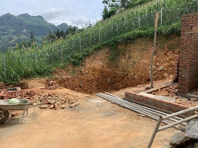 Ủng hộ xây dựng bể nước sạch cho trường bán trú vùng cao - Ảnh 1.