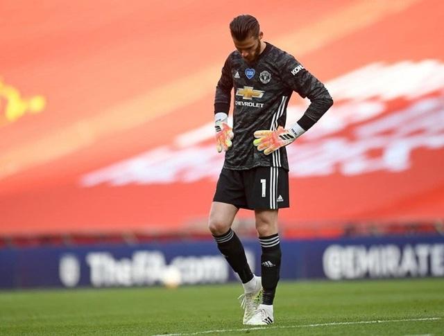 De Gea nhận chỉ trích nặng nề sau sai lầm trong trận thua của Manchester United - Ảnh 4.
