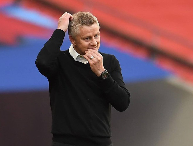 De Gea nhận chỉ trích nặng nề sau sai lầm trong trận thua của Manchester United - Ảnh 5.