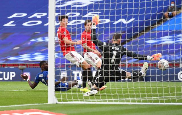 Thắng đậm Man Utd, Chelsea tạo nên trận derby London ở chung kết cúp FA - Ảnh 3.