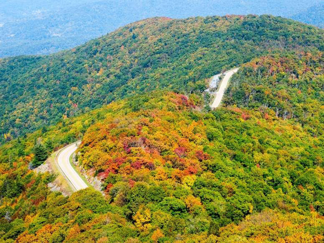 Ngất ngây, 10 thung lũng đẹp kỳ ảo đến khó tin - ảnh 3