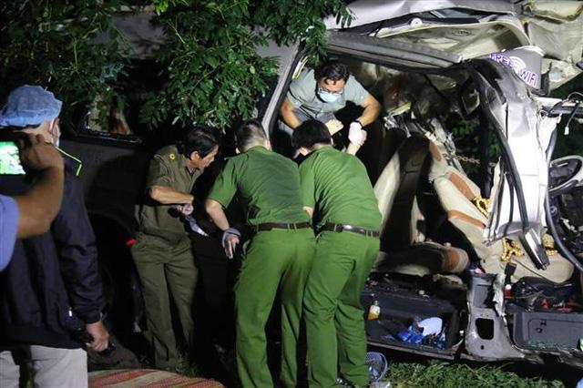 Tai nạn giao thông đặc biệt nghiêm trọng tại Bình Thuận: 8 người thiệt mạng, 7 người bị thương - Ảnh 3.