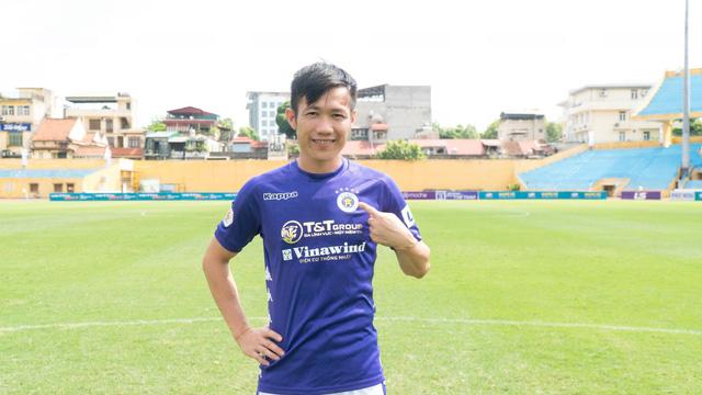 Lê Tấn Tài ra mắt đội bóng mới CLB Hà Nội - Ảnh 3.