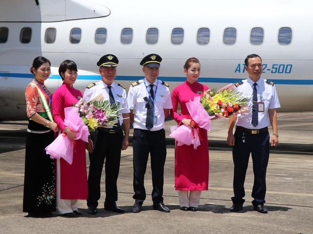 Khai trương đường bay Điện Biên - Hải Phòng - Ảnh 1.