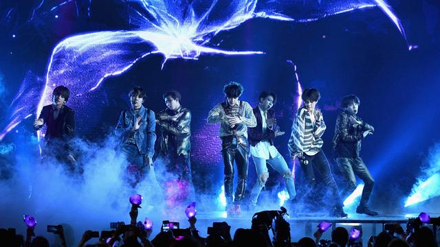 BTS lập kỷ lục Guiness với concert trực tuyến - Ảnh 1.