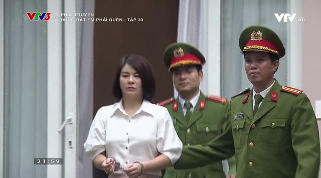 Đừng bắt em phải quên - Tập 30: Linh bị bắt, gia đình Luân - Ngân đoàn tụ - Ảnh 6.