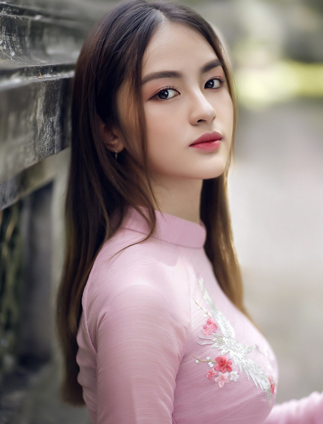 3 nữ sinh thi Hoa hậu Việt Nam đều học giỏi, năng động - Ảnh 1.
