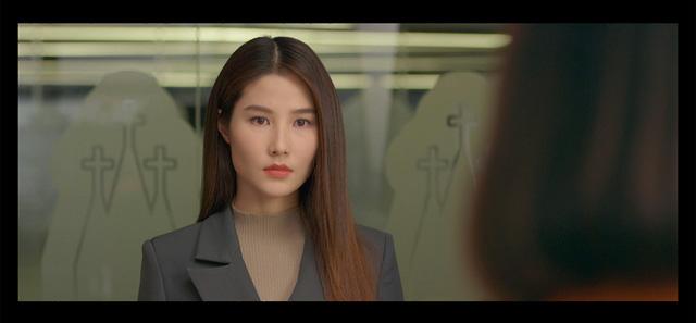 Tình yêu và tham vọng - Tập 37: Vừa khóc hết nước mắt vì thất tình, Linh lại gặp biến cố lớn trong công việc - Ảnh 9.