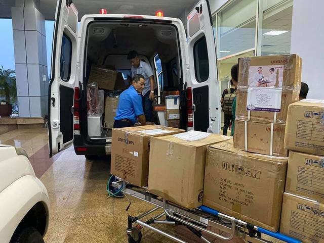 4 y, bác sĩ Bệnh viện Bệnh nhiệt đới Trung ương lên đường giải cứu 129 công dân Việt Nam mắc COVID-19 về nước - Ảnh 2.