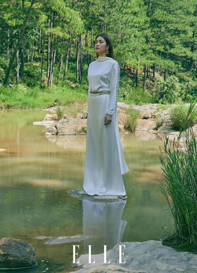 Tăng Thanh Hà cực sang chảnh trên bìa tạp chí - Ảnh 2.