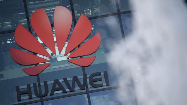 Huawei vượt mặt Samsung, giành vị trí nhà sản xuất smartphone số 1 - Ảnh 1.