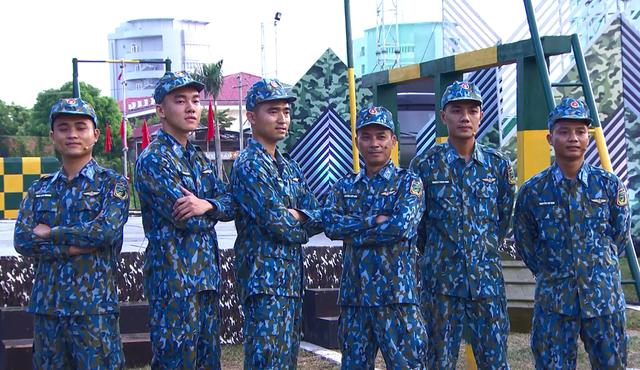 Khổng Tú Quỳnh tranh tài trở thành chỉ huy ưu tú trong Chiến sĩ 2020 - Ảnh 4.