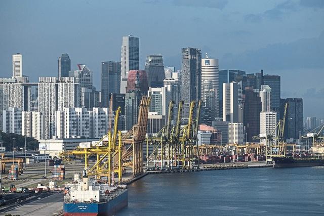 Tỷ lệ thất nghiệp tại Singapore cao nhất trong hơn một thập kỷ - Ảnh 1.