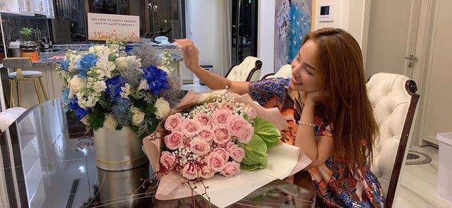 MC Thanh Vân Hugo cùng con trai Nam tiến - Ảnh 2.