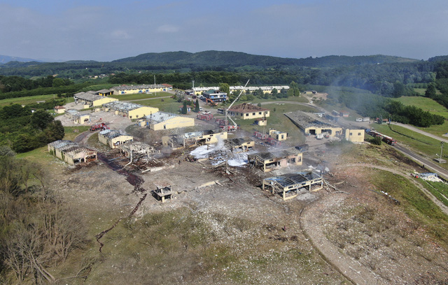 Nổ lớn tại nhà máy pháo hoa ở Thổ Nhĩ Kỳ, hơn 100 người thương vong - Ảnh 2.