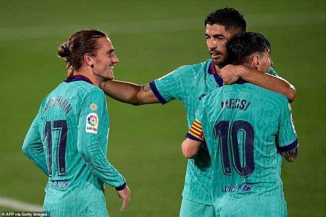 Villarreal 1-4 Barcelona: Messi lập cú đúp kiến tạo, Barca thắp lửa hy vọng - Ảnh 5.