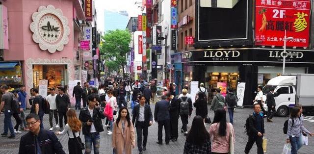 Du khách nước ngoài tới Hàn Quốc giảm đến 99,5%  - Ảnh 1.