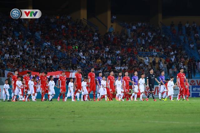 ẢNH: CLB Hà Nội chia điểm với CLB Viettel trong trận derby Thủ đô - Ảnh 1.