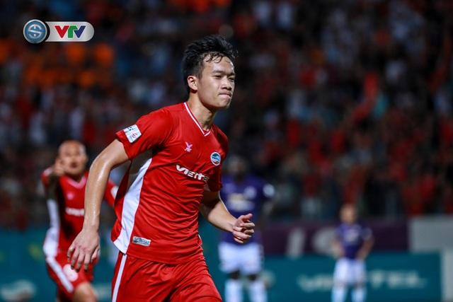 ẢNH: CLB Hà Nội chia điểm với CLB Viettel trong trận derby Thủ đô - Ảnh 4.
