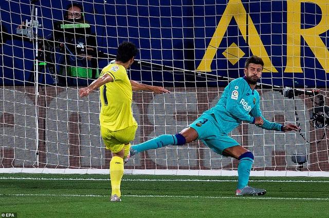 Villarreal 1-4 Barcelona: Messi lập cú đúp kiến tạo, Barca thắp lửa hy vọng - Ảnh 2.