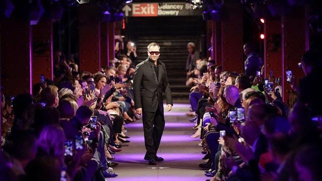 Haute Couture week tổ chức -  không có báo chí và khách mời - Ảnh 2.