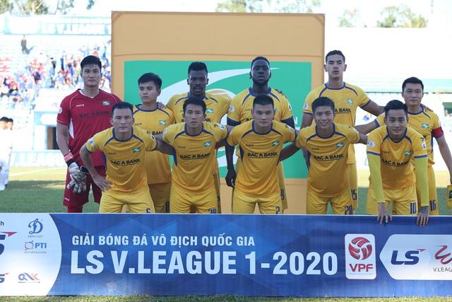 Chùm ảnh: CLB Quảng Nam giành 3 điểm trong ngày ra mắt tân HLV - Ảnh 2.