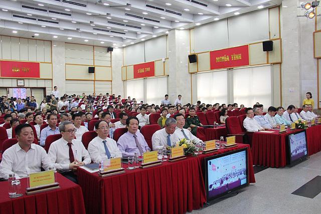 Thứ trưởng Bộ TT&TT: Mỗi người dân Việt Nam sẽ có 1 smartphone - Ảnh 1.