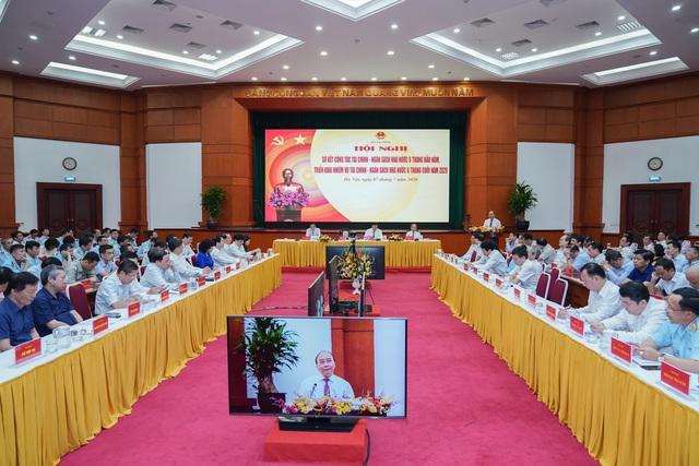 Thủ tướng Nguyễn Xuân Phúc: Lắng nghe hơi thở cuộc sống, không để cua cậy càng, cá cậy vây - Ảnh 2.