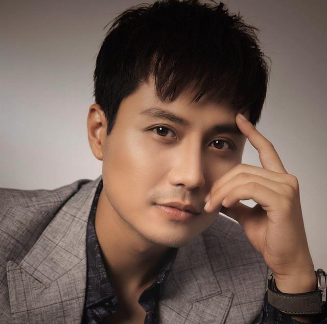 Thầy giáo hot nhất màn ảnh Thanh Sơn điển trai từ thuở vào nghề - Ảnh 9.