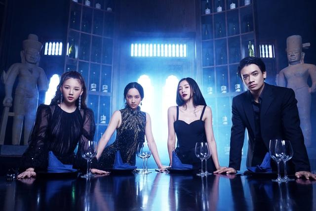 Đạo diễn Victor Vũ trở lại với phim giật gân cùng 3 hotgirl - Ảnh 4.