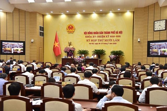Cấm chăn nuôi gia súc, gia cầm trong nội thành Hà Nội - Ảnh 1.
