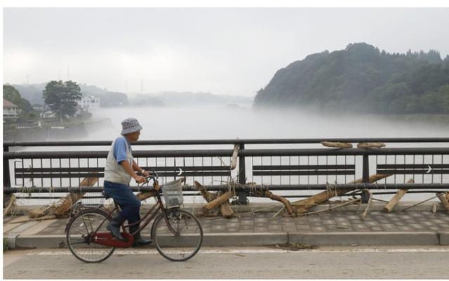 Mưa lũ kỷ lục tại Nhật Bản: Số người thiệt mạng tăng lên 44 người - Ảnh 6.