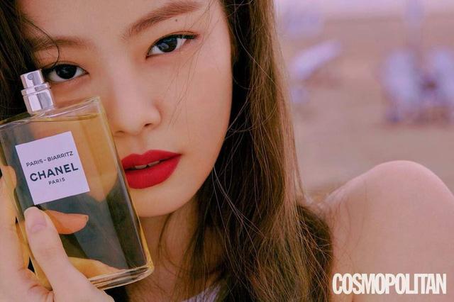 BLACKPINK - Từ thần tượng K-Pop đến các nàng thơ thời trang - Ảnh 1.