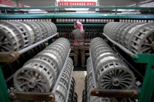Kinh tế Triều Tiên lần đầu tăng trưởng trong 3 năm - Ảnh 1.