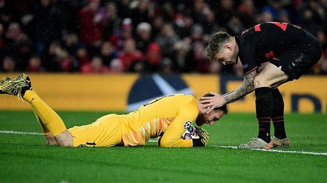 Báo châu Âu: 2 cầu thủ Atletico Madrid nhiễm COVID-19 đều là trụ cột ở hàng thủ! - Ảnh 1.