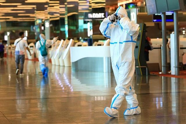 """Singapore dùng thiết bị điện tử để """"giám sát"""" du khách - ảnh 2"""
