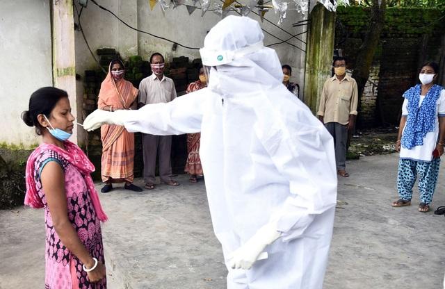 Thế giới ghi nhận 20,2 triệu người mắc COVID-19, gia tăng lây nhiễm trên toàn cầu - Ảnh 2.