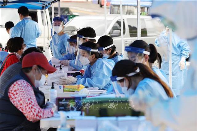 Thế giới ghi nhận 20,2 triệu người mắc COVID-19, gia tăng lây nhiễm trên toàn cầu - Ảnh 3.