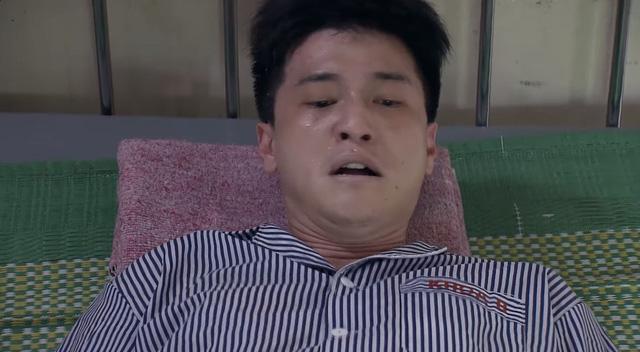 Lựa chọn số phận - Tập 39: Đức bị bắt vào bệnh viện tâm thần, Trang đòi chia tay Cường vì ngủ với người đàn ông khác - Ảnh 1.