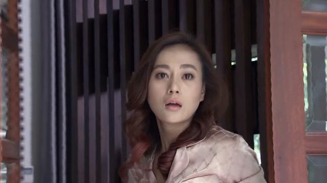Lựa chọn số phận - Tập 39: Đức bị bắt vào bệnh viện tâm thần, Trang đòi chia tay Cường vì ngủ với người đàn ông khác - Ảnh 5.