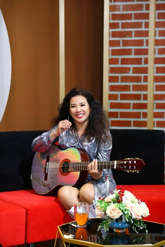 Nữ hoàng nhạc Pháp Thanh Hoa - U50 vẫn trẻ như gái 20 - Ảnh 2.