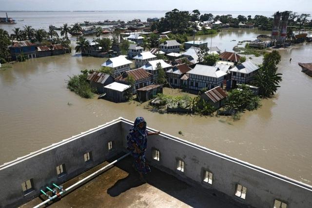 Lũ lụt nghiêm trọng tại Bangladesh, ít nhất 161 người thiệt mạng - Ảnh 1.